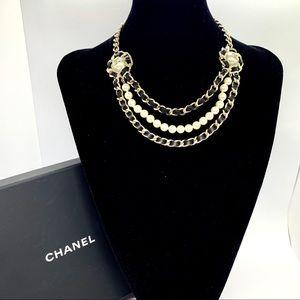 CHANEL Brand New Chunky Chain Pearl CC Leather
